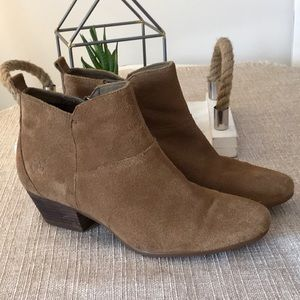 Timberland Carleton Suede Ankle Bootie Size 7